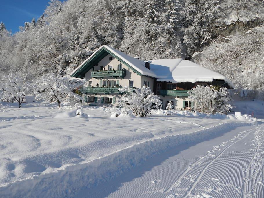 Posthof im Winter