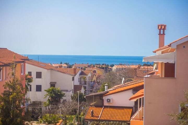 One-Bedroom Apartment Noemi with Balcony and Sea View