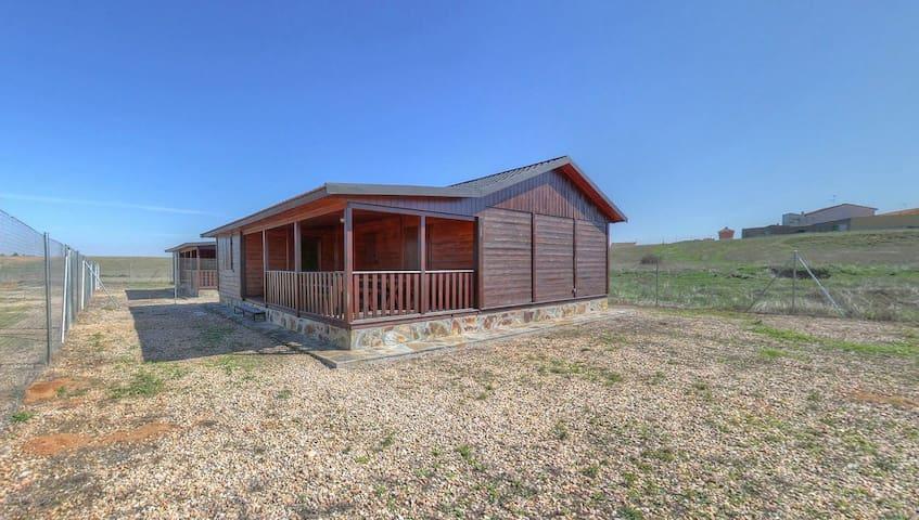 Casa de madera a 7 KM de Salamanca.