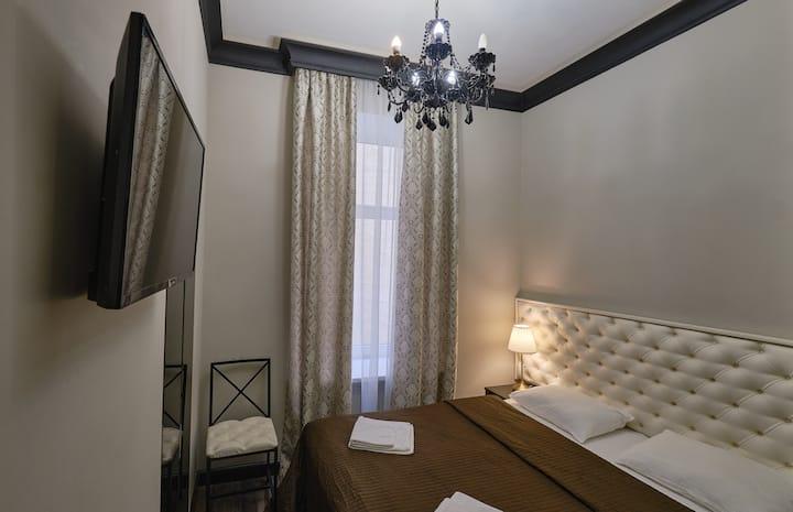 Небольшой номер в апарт-отеле на Владимирской