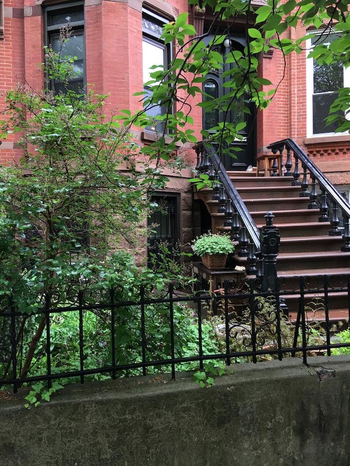 1 Bedroom Garden Apt with backyard in Park Slope