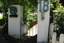 Entrance   Eingang