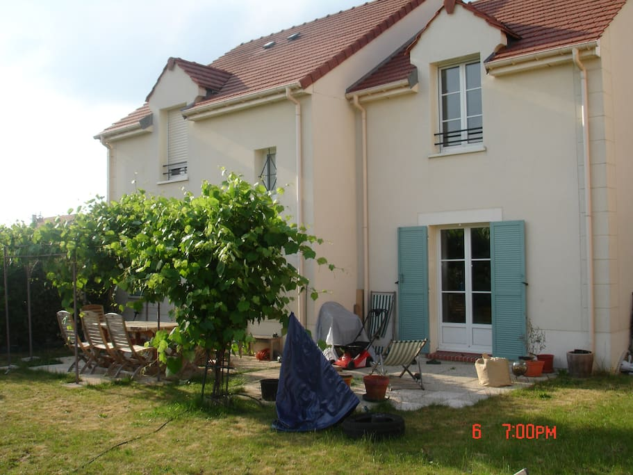 Pavillon 4 chambres 130 m2 salon 35 m2 jardin maisons for Salon 81 argenteuil