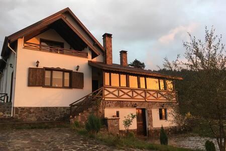 Villadeva