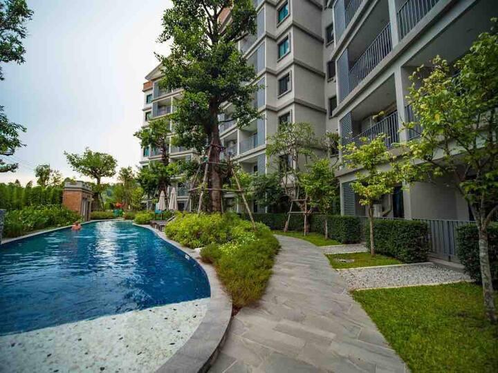 3 minutes from the NaiYang beach . NEW apartment