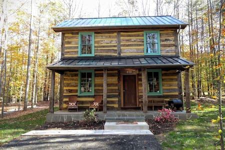 The Bedford Cabin - Spotsylvania Courthouse - Blockhütte