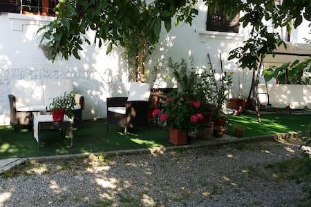 Dimora del '38Casa lontano da casa - Monticelli d'Ongina - Bed & Breakfast