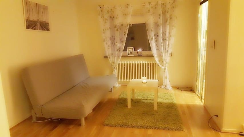 Cozy & Romantic & Intime apartment in ❤ of Malmö!!