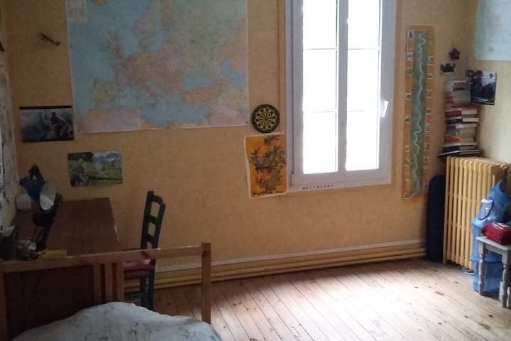 Chambre avec sdb donnant sur la Loire
