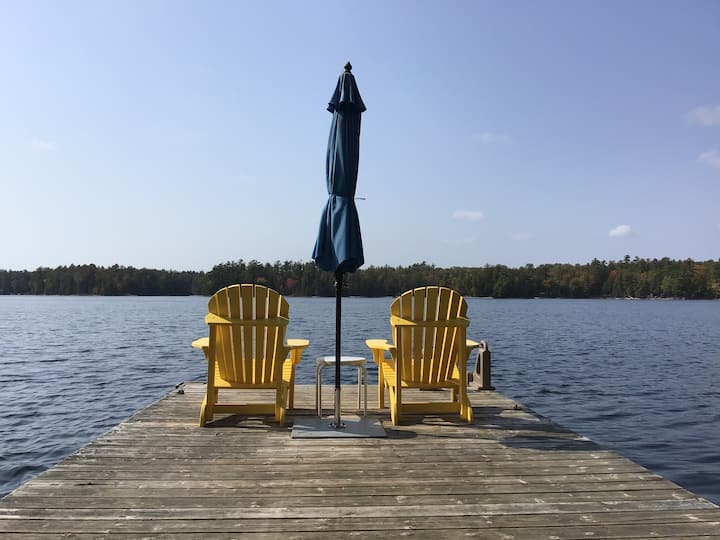 PrivateWaterfront cottage for2 Kawartha Lakes