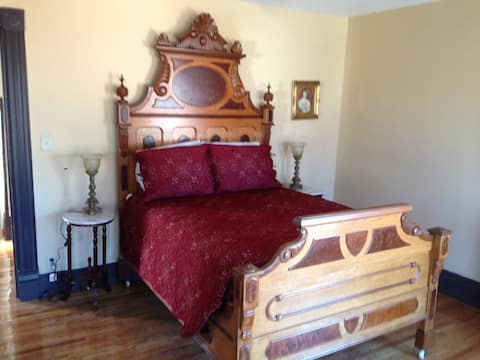 The Colaw Rooming House