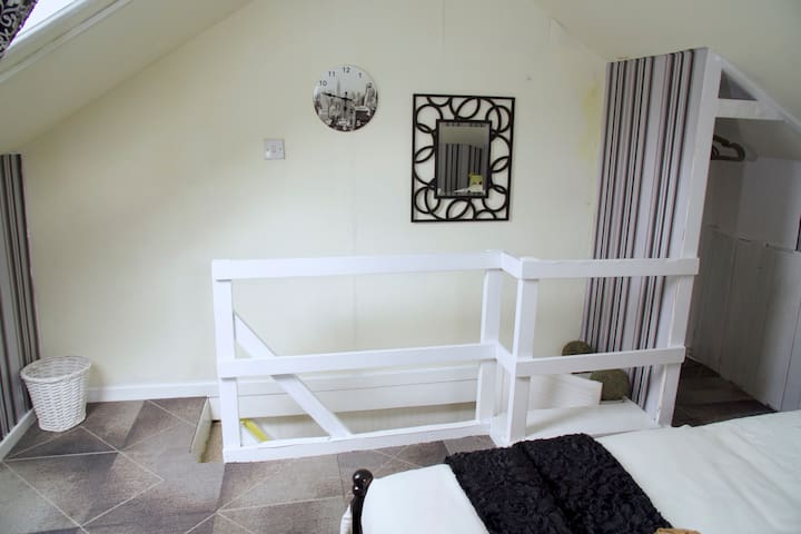 Bedroom 2 - Attic Room With Comfy Bed, towels and Avon Bubble Bath