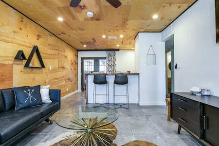 Old Town Scottsdale Custom Designed Space