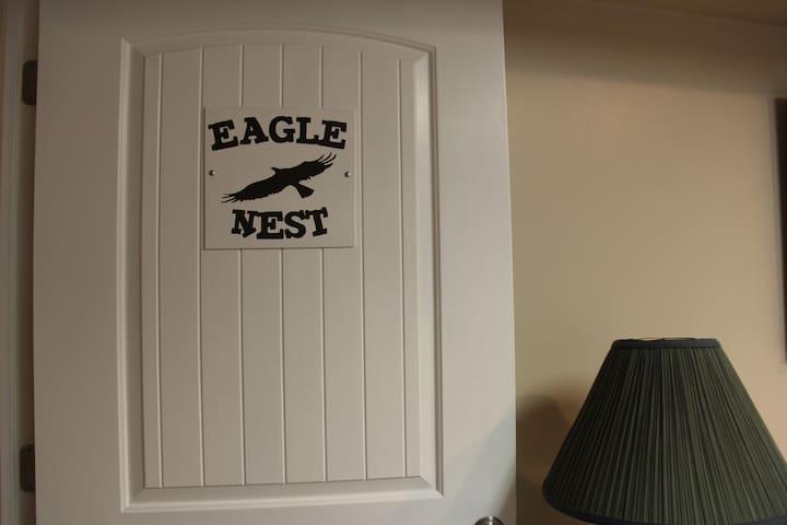 Eagle's Nest a single room