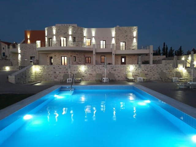 Orelia Cretan Deluxe Apartment 1 - Amazing View