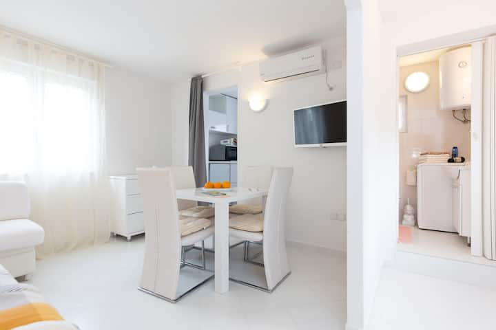 Nice 3 Bed House Apartment