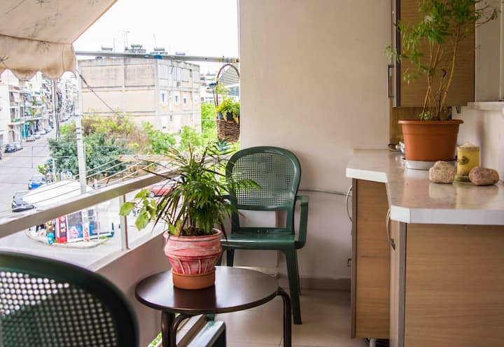 Cosy and Perfectly located apartment with garden