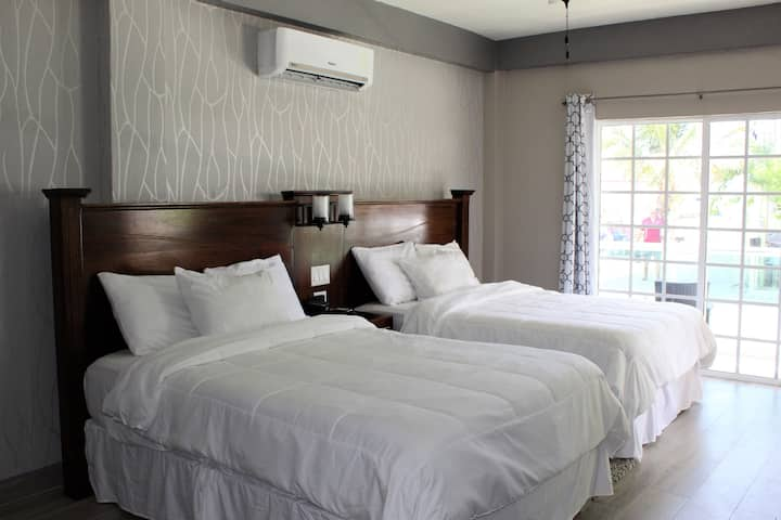 Deluxe Room @ Boutique Hotel - Turneffe