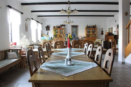 Pobyt pro 3 ve staročeském penzionu Beako - Votice - ที่พักพร้อมอาหารเช้า