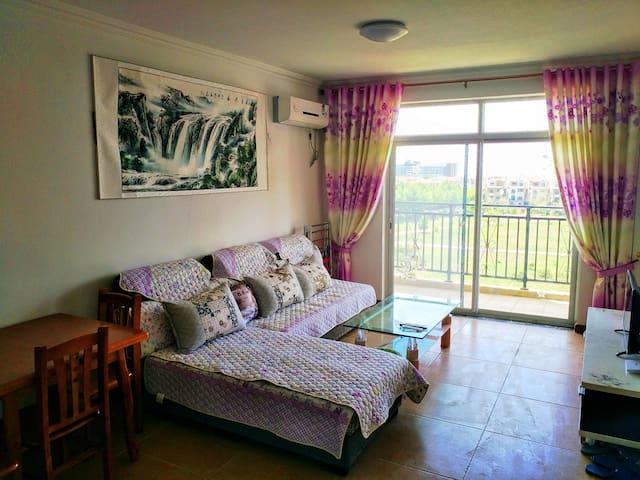 烟台海阳凤城度假区万米金沙滩一线海景观海套房 - Yantai Shi - Apartment
