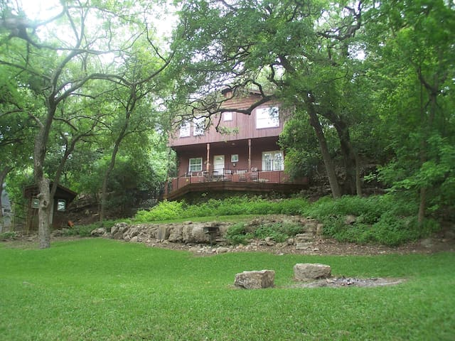 Gruene River Vacation Home on the Guadalupe!