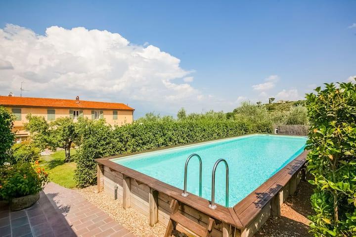 Jolie maison de vacances avec piscine à Cantagrillo