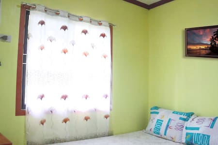 Franky Jay Guesthouse - Room for 4 Guests