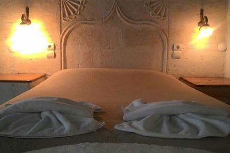 Stone Double Deluxe Room - Nevşehir - Bed & Breakfast