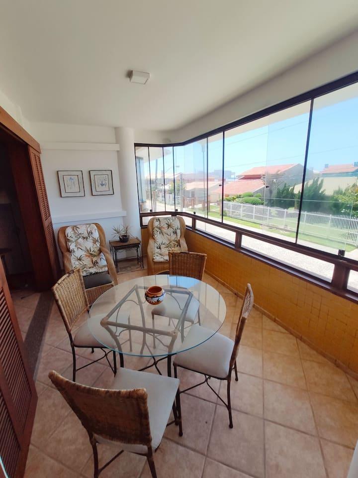 Apartamento com 3 Dorm, 50m do mar em Xangri-lá