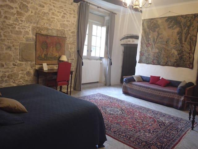 Château d'Agel chambre du Chevalier