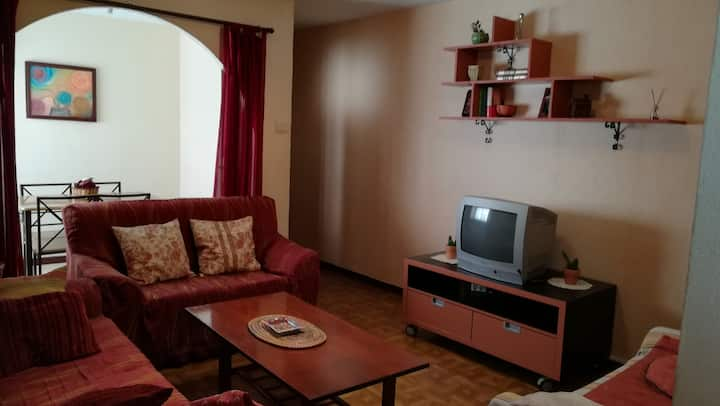 central and comfortable apartment, WIFI