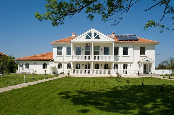 Burgas Holiday Villa