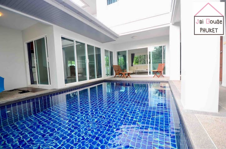 Jai House Phuket - 4BR Private Pool villa
