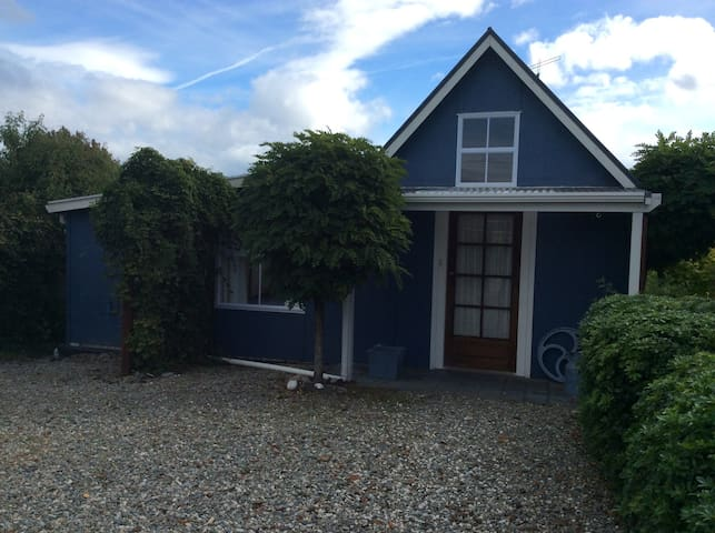 The Cottage At The Gables - Motueka - Cabana