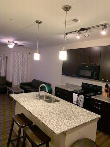 Studio Apartment EcoCentric to downtown Tuscaloosa