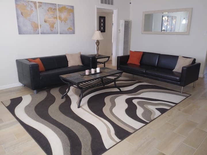 Elegant Three Bedroom Duplex Sleeps Six