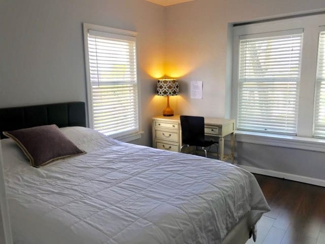 Large Queen Size room