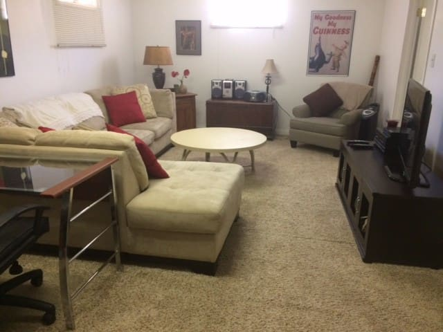One bedroom to use at Grant Ave. getaway!