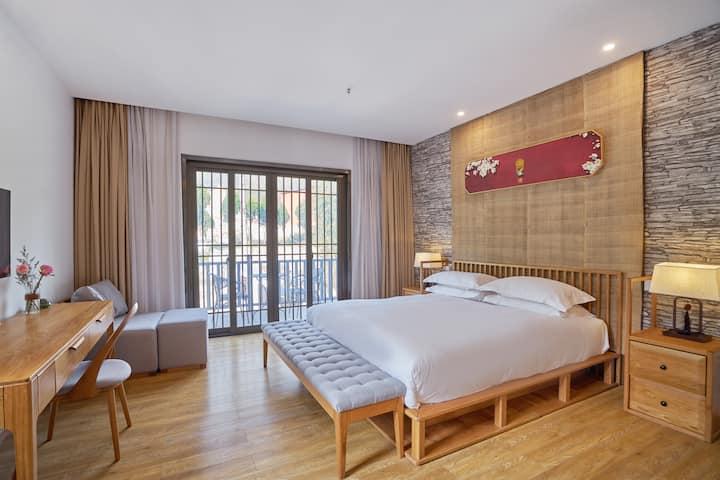 凌波  躺在床上绝美水景山景尽收眼底【莫干山·明台villa】1.8米大床房