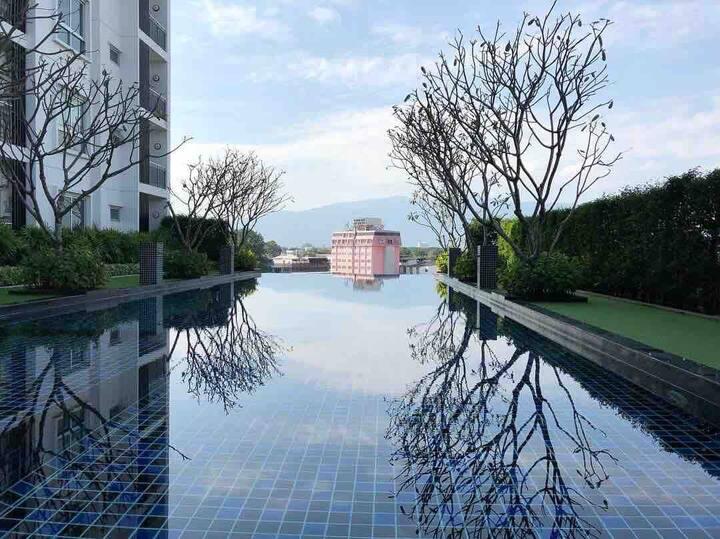 清迈酒店式公寓 俯瞰整个清迈市景 生活交通便利 步行2分钟到 Central Festival