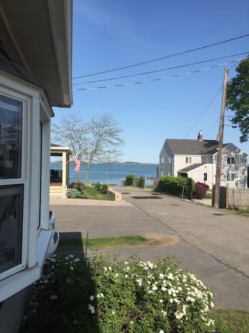 Beach House Mins to Boston, Newly Renovated! - Quincy - House