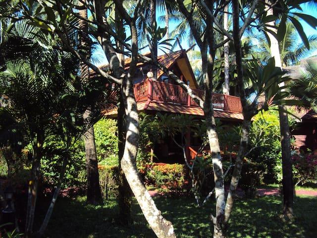 Amazing 3 bedroom Beach Villa