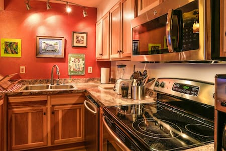 Beautiful condo Alyeska slopeside!! - Anchorage
