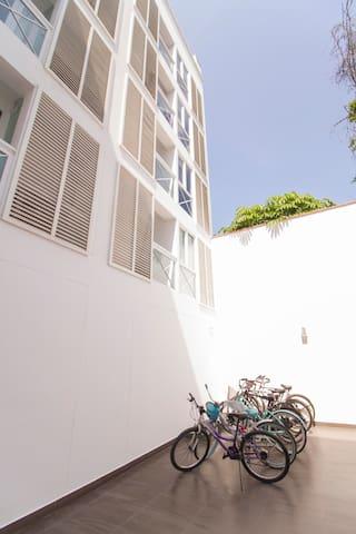 Area para guardar bicicletas