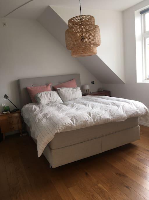 160 cm bed