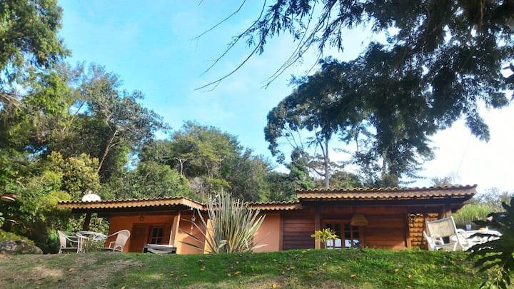 Casa/chalé no Vale das Videiras - 1,5 km centrinho