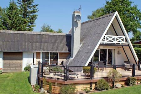 Espaciosa casa vacacional en Haderslev con terraza cubierta