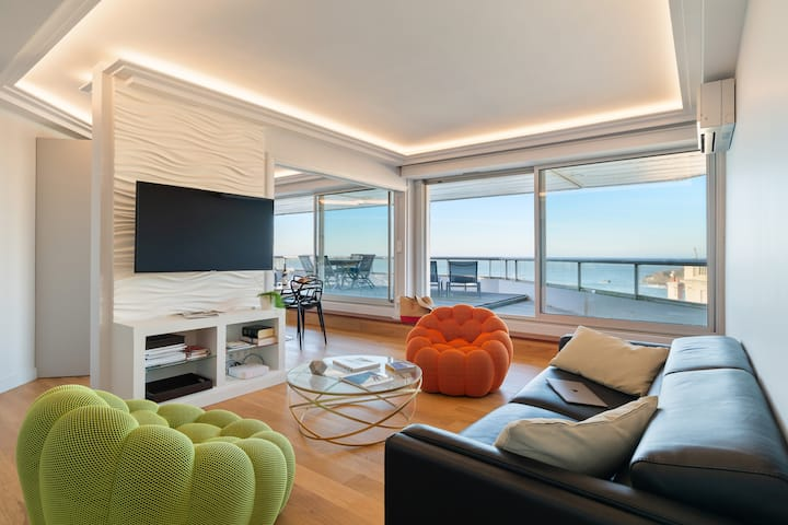 MIRAMAR - Stunning apartment with Large Terrace, Seaview & Parking - BARNES