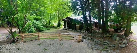 Quiet, Remote & Rustic Cabin