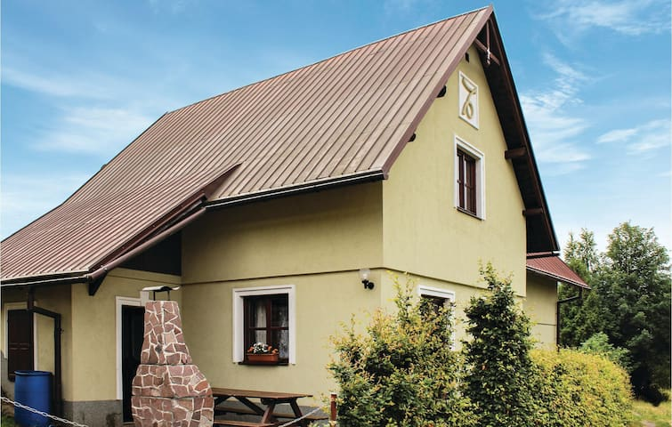 Holiday cottage with 3 bedrooms on 144m² in Semily